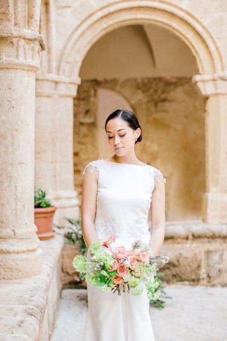 bride in alghero san francis church